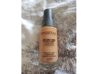 Smashbox Studio Skin 15 hour wear hydrating foundation 3.0