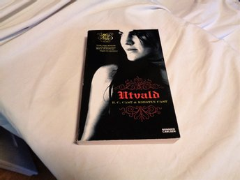 UTVALD - HOUSE OF NIGHT - STORPOCKET