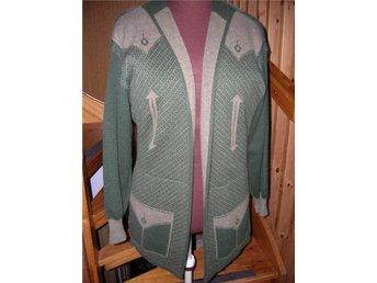 REA! handstickad kofta jacka handmade in Sweden (328257142) ᐈ Köp ... c28150c84acb7