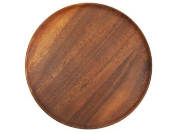 """Wooden Plate"