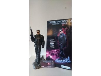 "Terminator 3 Rise of the Machines staty ""ej Sideshow"""