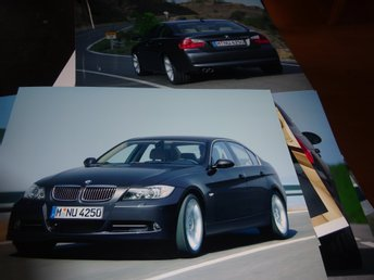 BMW 3-serie Sedan 330i och 320d E90 Pressinformation