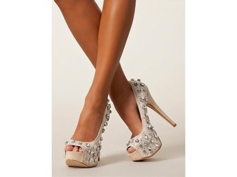 NLY Shoes Delicious Pumps Nelly Beige Mockaimitation Strass Öppen tå