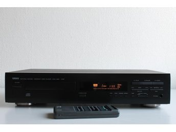 YAMAHA CDX-460 RS NATURAL SOUND COMPACT DISC PLAYER MED FJÄRR