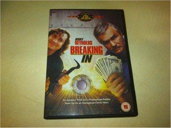 Breaking In (Burt Reynolds, Casey Siemaszko) - Ydre - Breaking In (Burt Reynolds, Casey Siemaszko) - Ydre