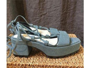 Cheap Monday nya sandaler sandaletter tie snörning 37 jeans blå - Strängnäs - Cheap Monday nya sandaler sandaletter tie snörning 37 jeans blå - Strängnäs