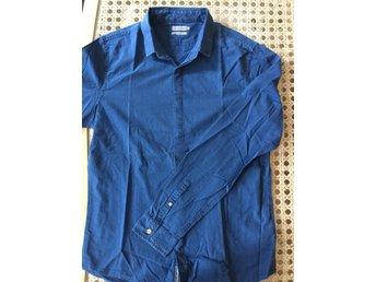 4493c061c1fa Calvin Klein Jeans Herrkläder ᐈ Köp Herrkläder online på Tradera ...
