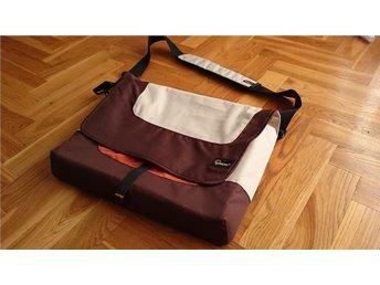 Ny! Lowepro Messenger Bag Large Laptopväska Lowe Alpine - Göteborg - Ny! Lowepro Messenger Bag Large Laptopväska Lowe Alpine - Göteborg