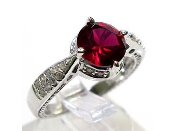 Women Fashion 925 Sterling Silver 2CT Red Ruby Ring Size 18 Storlek 18