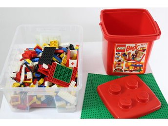 LEGO Blandat Lego i Röd Hink Gröna Byggplattor, 1.64 KG - Borlänge - LEGO Blandat Lego i Röd Hink Gröna Byggplattor, 1.64 KG - Borlänge