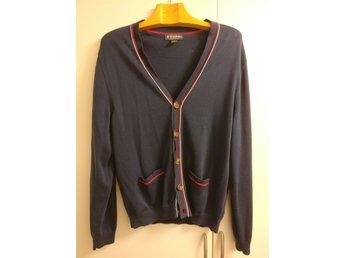 7c8c0e7a458d Herrkläder ᐈ Köp Herrkläder online på Tradera • 393 annonser