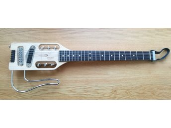 Traveler Guitar Ultra Light Gitarr