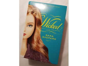 Wicked, a pretty little liars box set - Sara Shepard / Engelsk bok