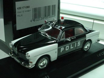 Volvo 121 Amazon polis Minichamps 1:43 1 av 2256 ex. - Göteborg - Volvo 121 Amazon polis Minichamps 1:43 1 av 2256 ex. - Göteborg