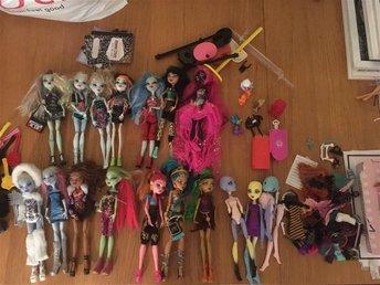 22 stycken Monster High dockor med tillbehör - Malmö - 22 stycken Monster High dockor med tillbehör - Malmö