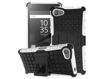 Javascript är inaktiverat. - Longhua - Två lagers stöttåligt skal i snygg design till Sony Xperia Z5 Compact, silikon skalet ger ett mycket bra grepp och skydd, inbyggt ställ. Armor silikon skal uppbyggt av två lager, dvs ett TPU skal (silikon) och ett plast skal med inbyggt st