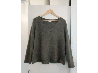 Stickad tröja från Vila stl L