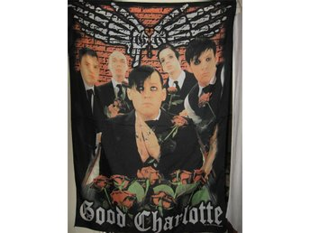 GOOD CHARLOTTE FLAGGA  138 CM x 98 CM