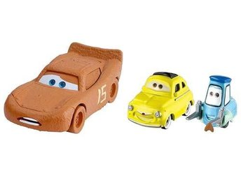 Blixten Chester & Luigi and Guido - Disney Cars 3 - Bilar