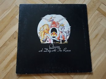 Queen A Day At The Races LP vinyl! Italien press 1976! Gatefold!