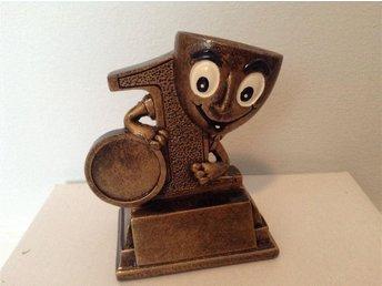 Pokal pris trofe pokal med nummer 1 number one 10 cm - Mora - Pokal pris trofe pokal med nummer 1 number one 10 cm - Mora