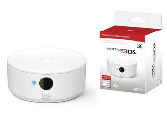 Nintendo Official 3DS NFC Reader and Writer - Nintendo 3DS