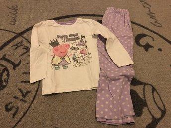 Greta gris (Peppa pig) pyjamas stl 98 (337076129) ᐈ Köp på Tradera 95e37fc65a5e4