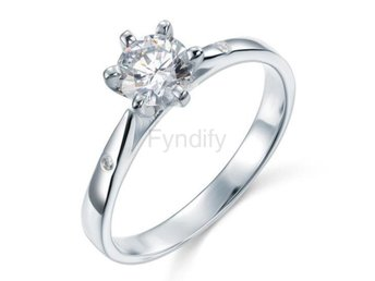 Ring 925 Silver Simulated Diamond Wedding Engagement size 9