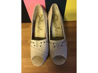 Sketchers wedges - size 42