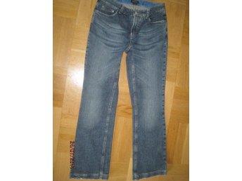 Mellan blue denim klassiska jeans GANT 29/30 - Uppsala - Mellan blue denim klassiska jeans GANT 29/30 - Uppsala