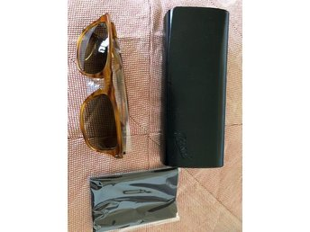 Persol modell 3059s