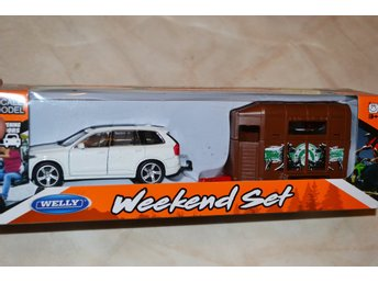 Volvo XC90 Vit m. Hästtransport + Häst 1:43 Welly Weekend Set (Öppningsbara Dörr