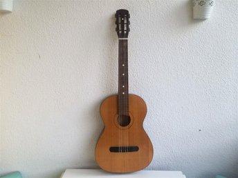 Guitar Made In USSR 70-tal Soviet - Bjuv - Guitar Made In USSR 70-tal Soviet - Bjuv