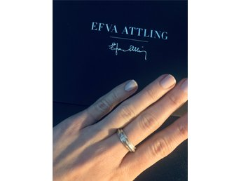 Efva Attling ring