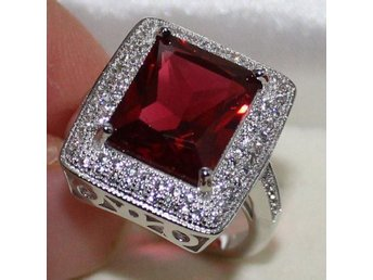 Vackar HOT Enorma Radiant Röd Garnet CZ 925 Sterling Silver Ring 17,5 mm