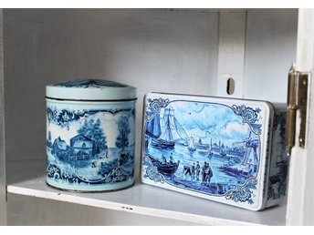 ~~ Vintage 2 st PLÅTBURKAR  Delft Blue Made in Holland retro ~~