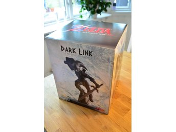 Dark Link Statue - First 4 Figures