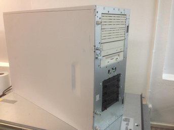 Compaq Proliant ML350 G1 1xP3 733 1024MB SA431 1xPSU