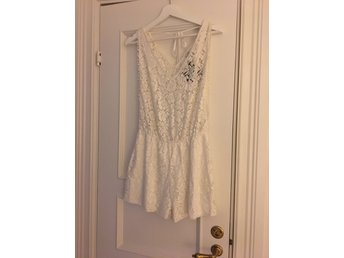 Helt ny lace Playsuit