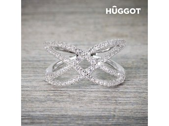 Hûggot Diadem Ring i 925 sterlingsilver med zirkonior Mått: 16,8 mm