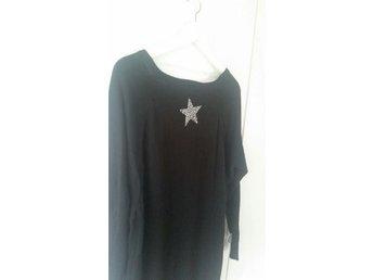 NY! storlek M / L Jättesnygg längre tröja / tunika med snygg stjärndetalj i rygg - Fritsla - NY! storlek M / L Jättesnygg längre tröja / tunika med snygg stjärndetalj i rygg - Fritsla