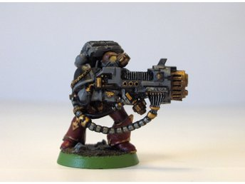 Warhammer 40K Classic Space Wolf 13t:th with Plasma Cannon