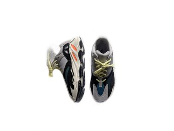 ADIDAS ORIGINALS YEEZY BOOST 700 WAVERUNNER US9 UK8.5 EU42 2/3
