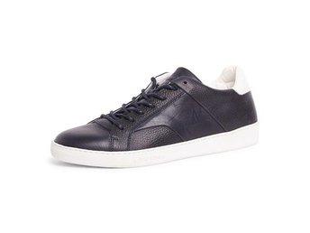 Björn Borg Ranger TMB Sneakers Navy/White - Dark Blue, 44 (ord. pris 1 199 kr) - Svedala - Björn Borg Ranger TMB Sneakers Navy/White - Dark Blue, 44 (ord. pris 1 199 kr) - Svedala