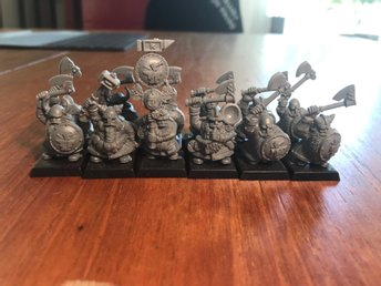 DWARF WARRIORS Warhammer- age of sigmar - Kings of war