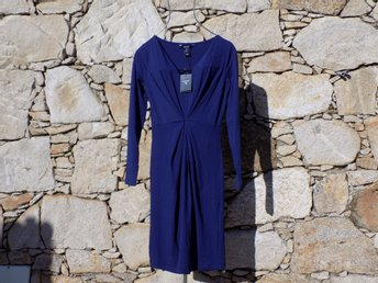 GANT.  Klänning, Diamond front pleated dress.  Ny med lapp.  Size: Small