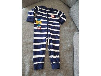 Söt pyjamas med hundar från Lindex Stl 86 (329757787) ᐈ Köp på Tradera adaae269038a5