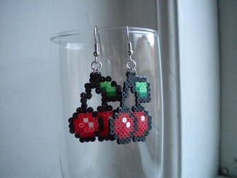 Körsbär Cherries Örhängen ¤ Pixel Art ¤ Geek ¤ Kawaii ¤ DIY ¤ Rockabilly