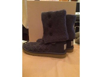 UGG Classic Cardy stickade boots, lavendelblå, stl 39