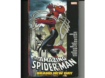 Javascript är inaktiverat. - Mölnlycke - SPIDER-MAN: BRAND NEW DAY - THE COMPLETE COLLECTION VOL. 2 (TRADE PAPERBACK) Den fantastiska Spider-Man: Brand New Day: The Complete Collection Volym 2 Publicerad: 20 juli 2016 Opackat. Oanvänt. - Mölnlycke